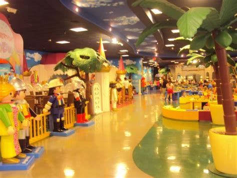 Playmobil Palm Gardens by Vista General Interior Playmobil Park Palm Fl Usa Picture Of Playmobil Funpark