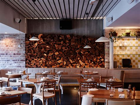 restaurants in sydney open at christmas uccello italian restaurant sydney