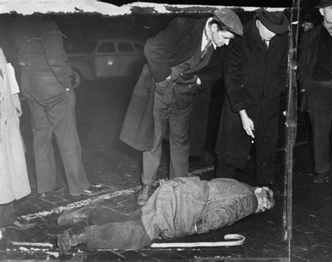 Crime Photographer by Weegee Photographs Photos Shocking Photos From Famed Crime Photographer Weegee Ny Daily News