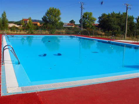 fotos de parque de piscinas y deportes im piscina publica la concejala de deportes de caudete