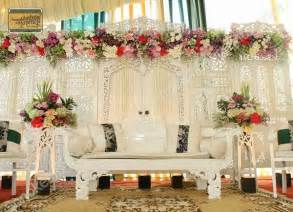 gambar dekorasi pernikahan can t wait on pinterest kebaya kebaya wedding and