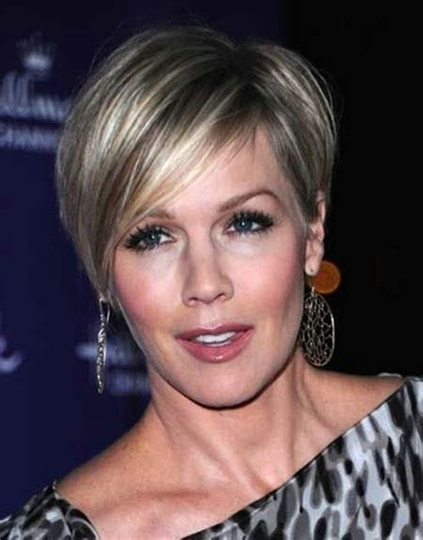 short behind the ear haircuts for 50 women 50 perfect short hairstyles for older women fave hairstyles