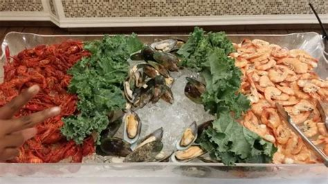 Great Seafood Buffet On Saturday Evening Gigi S All You Can Eat Seafood Buffet Jacksonville Fl