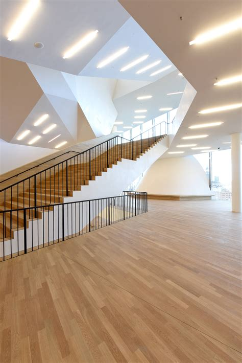 foyer elbphilharmonie pressebilder gro 223 er saal foyer gro 223 er saal und dach