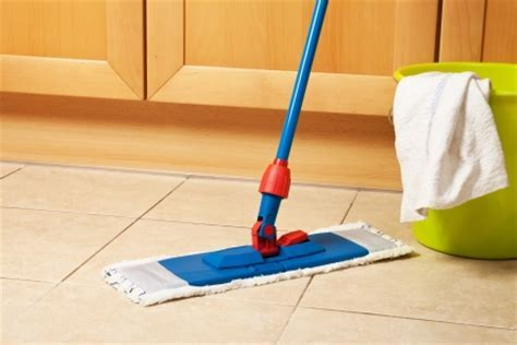 8 Tips for Cleaning Floors