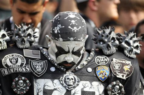 oakland raiders fan experience 17 best images about oakland raiders die hard fans on