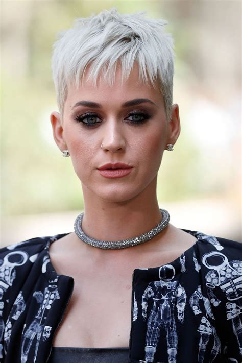 she cut her hair very short katy perry reveals the real reason she cut her hair