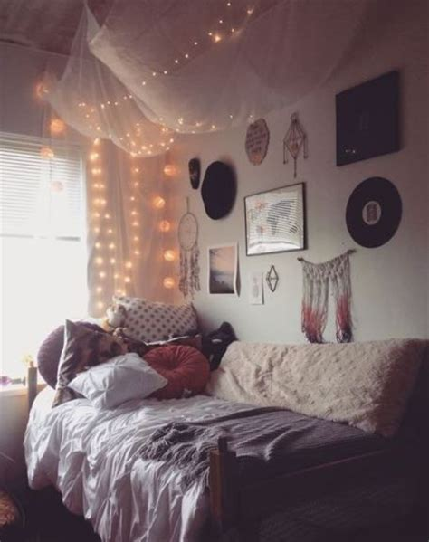 themes for a room 25 best ideas about cozy dorm room on pinterest dorms