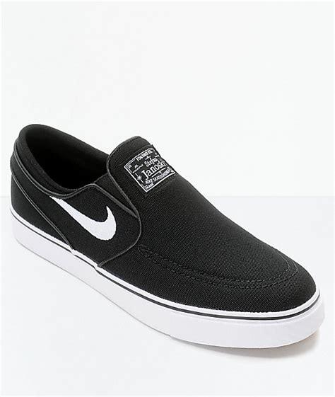 nike slip on kanvas hitam nike sb janoski black white slip on canvas skate