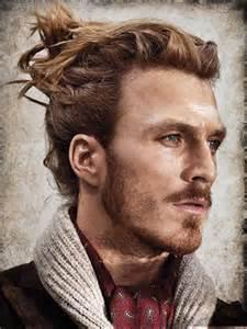 frisuren lange haare geheimratsecken geheimratsecken kaschieren frisuren tipps