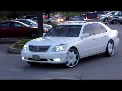 lexus ls430 sittin on lexani's white on white!! .  team
