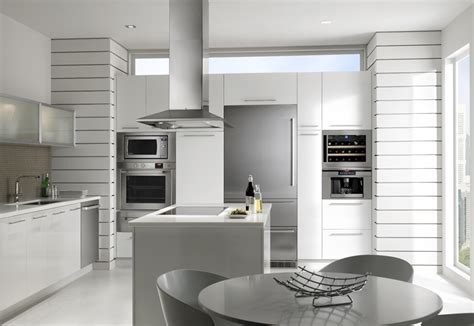 Sa Kitchen Designs Line Brings A Who S Who Of European Appliance To Ids 2011
