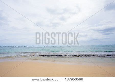 bathtub beach oahu tropical paradise bathtub beach image photo bigstock