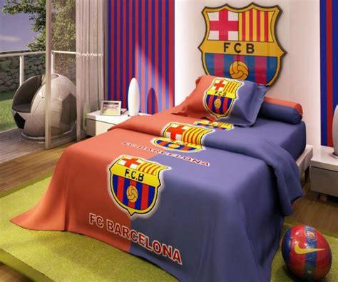 wallpaper dinding kamar bola desain kamar tidur bertemakan barcelona yang keren rumahku