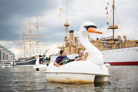 swan boats penn s landing independence seaport museum