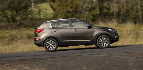 mazda jeep medium suv comparison jeep cherokee v mazda cx 5 v