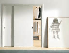 Interior Sliding Closet Doors Stylish Sliding Closet Doors With Mirror Bringing Charms In Interior Ideas 4 Homes