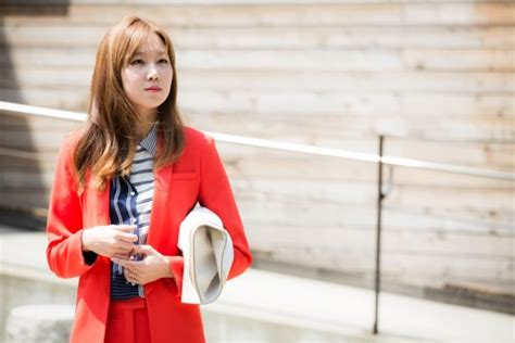 film terbaik gong hyo jin kong hyo jin back with quot it s okay that s love