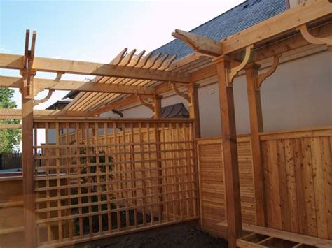 Horizontal Slat Privacy Fence Transition To Simple Open Pergola Privacy Fence