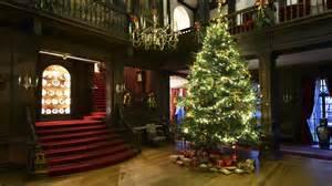 christmastreepolesdenlacey993921 jpg