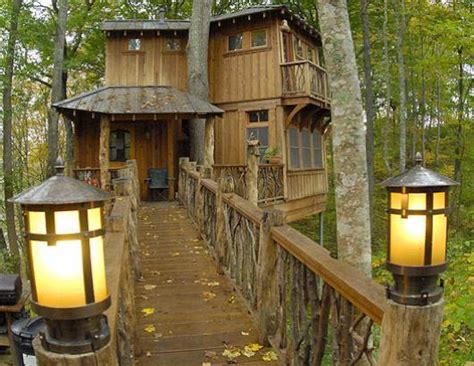 cool tree houses random images cool treehouse wallpaper photos 22265809