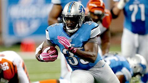 Rb Bell chicago bears add ex detroit lions rb bell after