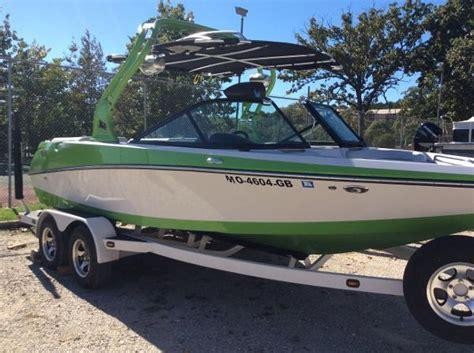 nautique boat a vendre nautique sport 200 bateaux en vente boats