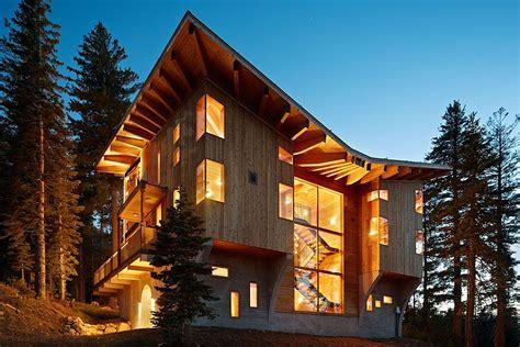 Ski Cabin Design by Classic Ski Cabin Design Meets Luxury At The