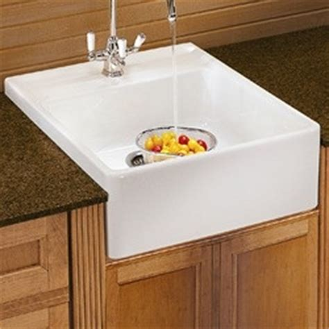 small farmhouse sink 22 best images about farmhouse sink on pinterest open