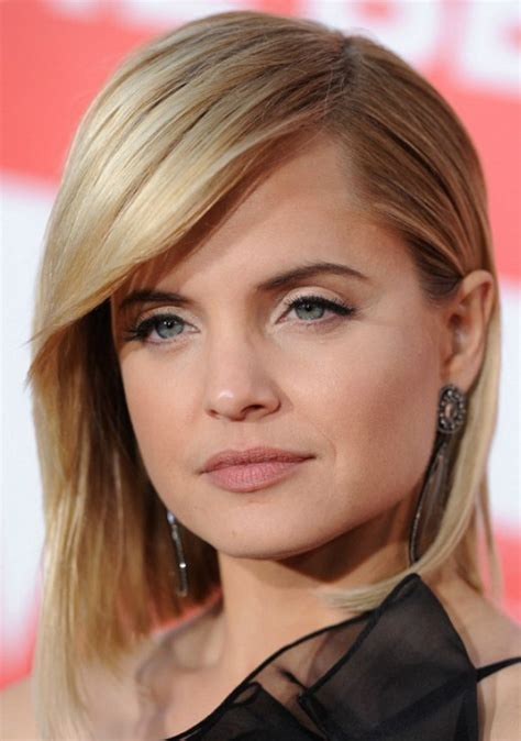 shoulder wedge hairstyles wedge haircuts and hairstyles for women 2016 2017 short