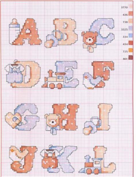 lettere punto croce bambini punto croce schemi dell alfabeto blogmamma it