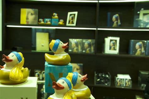 vermeer mädchen mit perlenohrring selfies aus dem analogzeitalter das mauritshuis in den