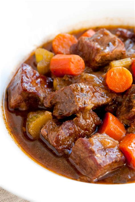beef stew recoipe irresistible guinness beef stew recipe with carrots