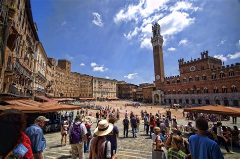 a siena studying in siena italy to get the real italian experience