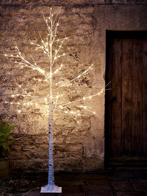 twinkle lights   garden lisa  garden designs blog