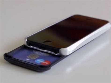 credit card iphone stand template the ishove wallet for iphone 5 and 5s is able to carry 4