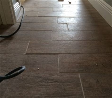 How To Install Ceramic Floor Tile In Kitchen - managing lippage why offsets matter when installing tile the toa blog about tile amp more