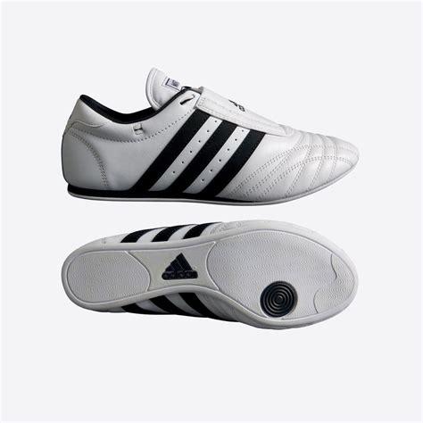 taekwondo shoes adidas taekwondo shoes adi sm ii ebay