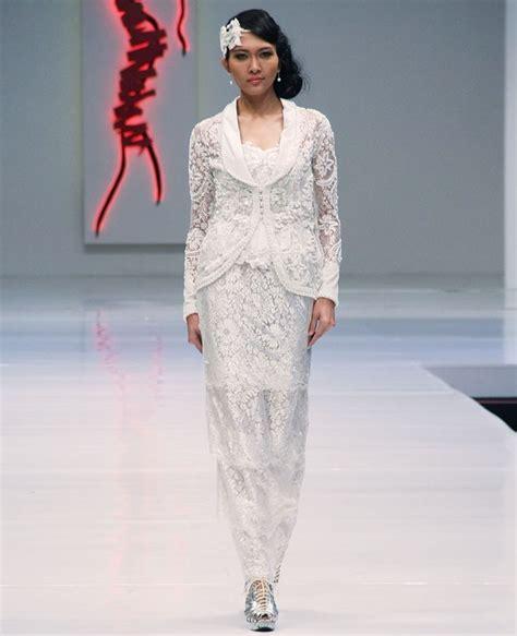 kerah tempel baju 50 inspirasi model kebaya