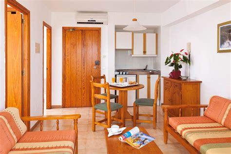 2 bedroom aparthotel majorca blue sea gran playa cheap holidays to blue sea gran