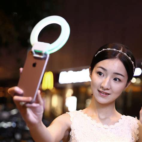 Led Selfie isf charm smartphone led ring selfie light darkness selfie enhancing photography for