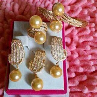 Set Rhodium Mutiara Air Tawar 19 perhiasan dengan mutiara dari lombok set perhiasan