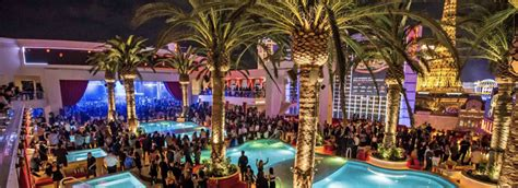 roof top bars vegas best rooftop bars in las vegas for your bachelor party