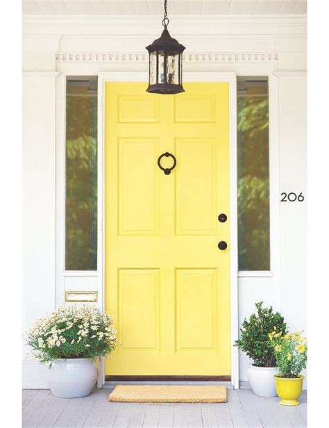 bright yellow door best 25 yellow doors ideas only on pinterest yellow