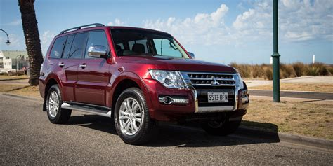 pajero jeep 2016 2016 mitsubishi pajero gls review photos caradvice
