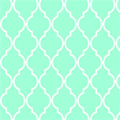 green quatrefoil wallpaper vintagegreenlimited s shop on spoonflower fabric
