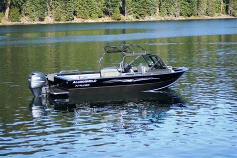 alumaweld boats research 2013 alumaweld boats intruder outboard 22 on
