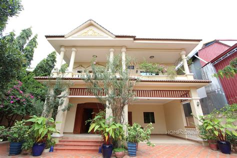 patio phnom penh large 4 bedroom villa with large garden in boeung tumpun