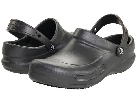 crocs s bistro slip resistant clog