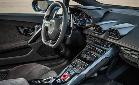 lamborghini huracan inside car picker lamborghini huracan interior images